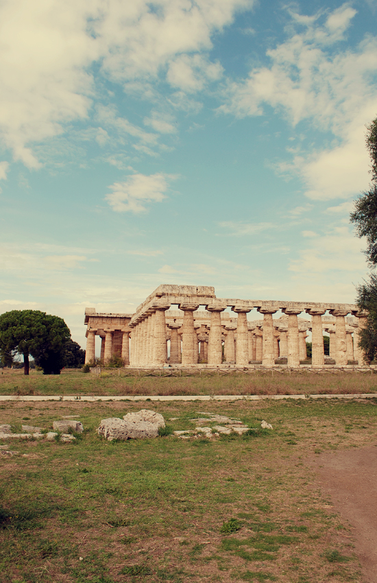 Peter Hoang & Nerissa Goco : The Magical Ruins of Paestum