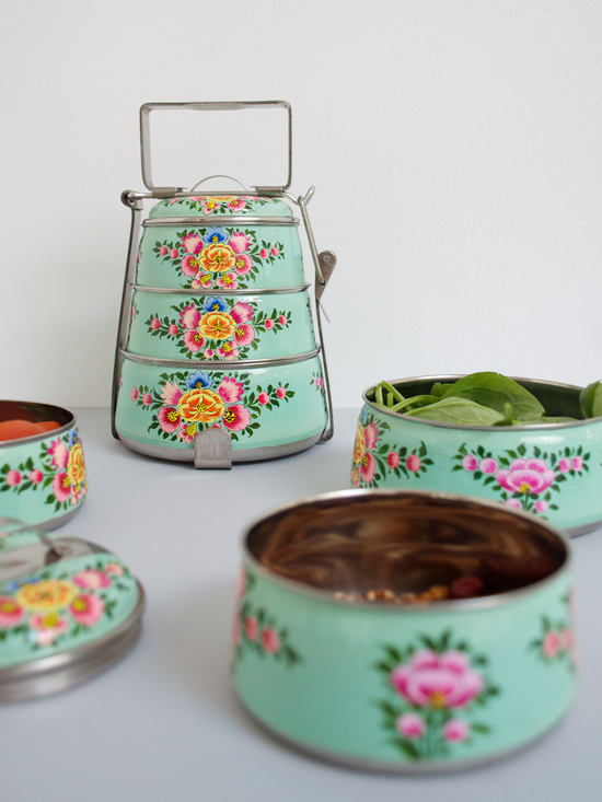 Peter Hoang & Nerissa Goco : Handpainted Tiffin Carrier